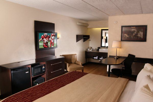 Cheap Hotels In Willowbrook Il Near Chicago Stay With Red