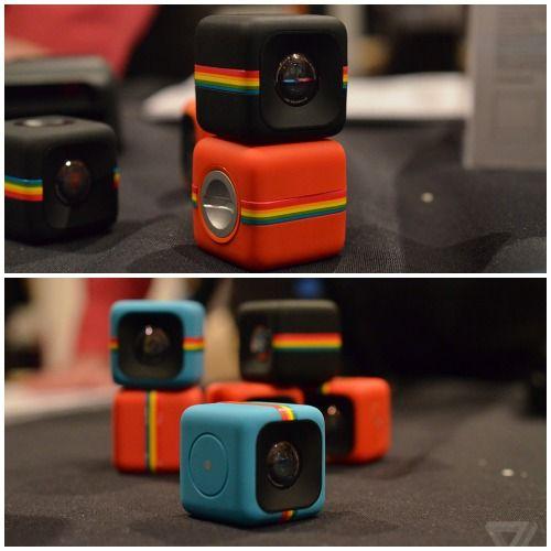 Polaroid tiene una sorpresa para los usuarios que quieren la marca. Se trata de una línea de cámaras llamada Polaroid Action Sports, la cual presenta un modelo en forma de cubo de 35mm bastante simpático para obtener instantáneas rápidamente en diversas situaciones.