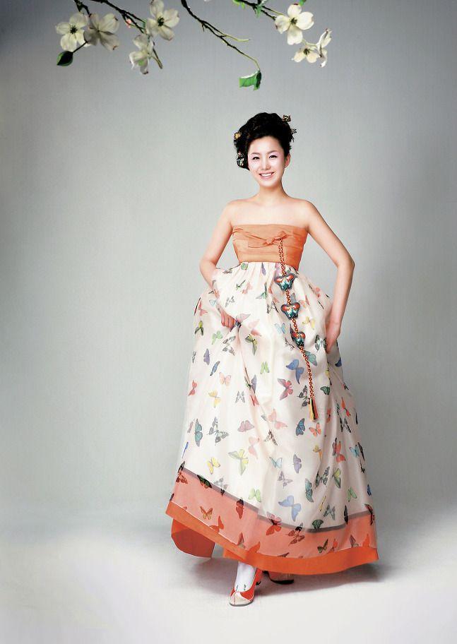 Modern twist of the traditional Korean dress, hanbok
