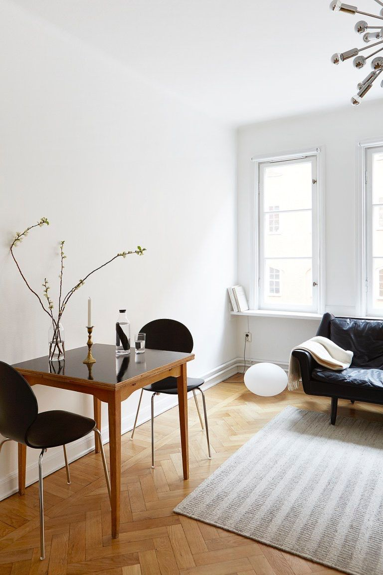 Comfy Minimalist Living Room Via Coco Lapine Design U2014 Explore Our Parcels  Of Elevated Essentials @