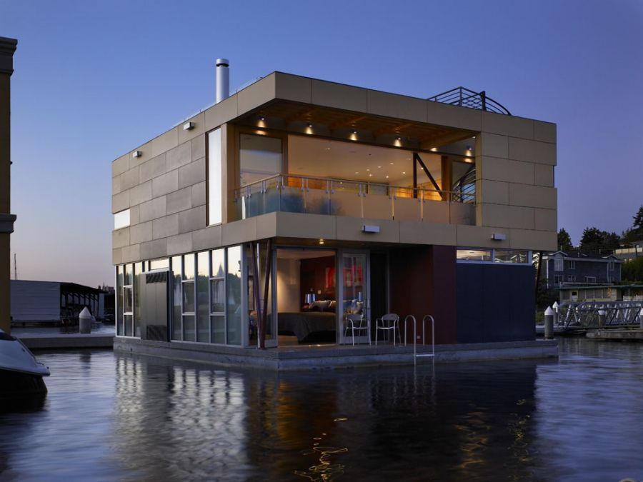 Building A House Over Water Can Be Challenging, But Floating Homes Offer A  Unique Way