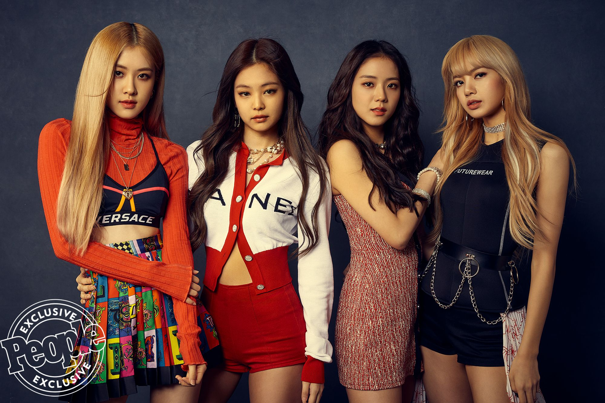 Everything To Know About Blackpink The First Female K Pop Group To Perform At Coachella Blackpink Fashion Blackpink Kpop Girls
