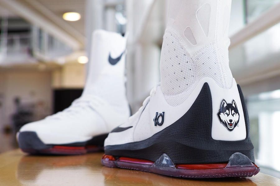 882c13c5d151 March Madness Is In Full Effect With The Nike KD 8 Elite Connecticut ...