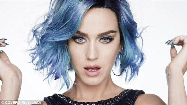 Katy Perry Stars In New Covergirl Beauty Advert Katy Perry Hair Dyed Hair Blue Frosted Hair
