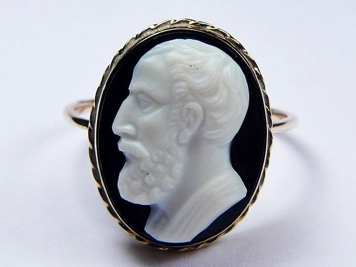 Superb antique english 9k gold hardstone cameo ring epicurus superb antique english 9k gold hardstone cameo ring epicurus philosopher c1880 aloadofball Gallery