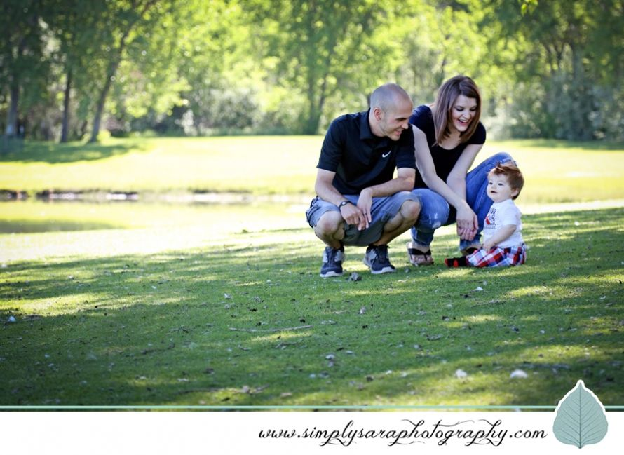 One year old baby boy family photo shoot ideas