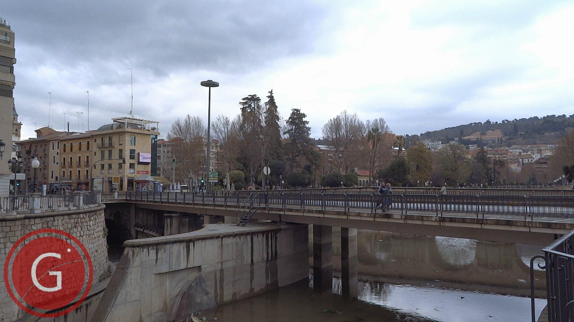 GRANADA | CENTRO | Confluencia de los ríos Darro y Genil desde calle Ribera del Genil, 2/2
