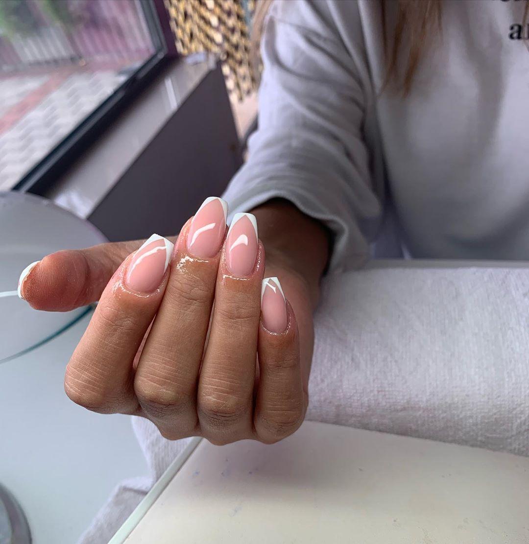 #harisastyle#style#proffesional#quality #shine#nailsforever#nailover#glitter #glitternails#fashionph#fashioninsta #nails...