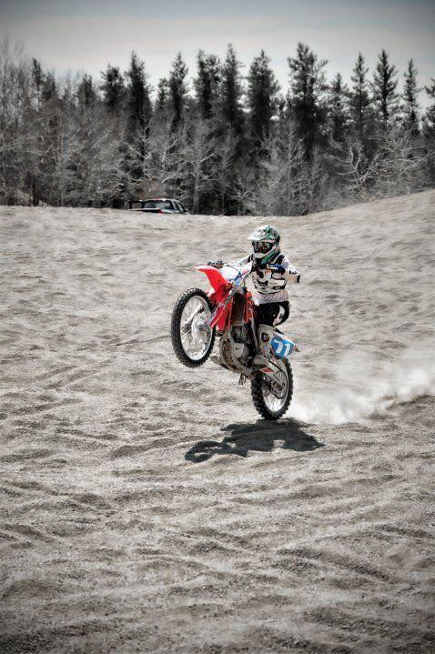 Pin By Jayson Penny On Dirtbikes Dirt Bike Wheelie Dirt Bikes