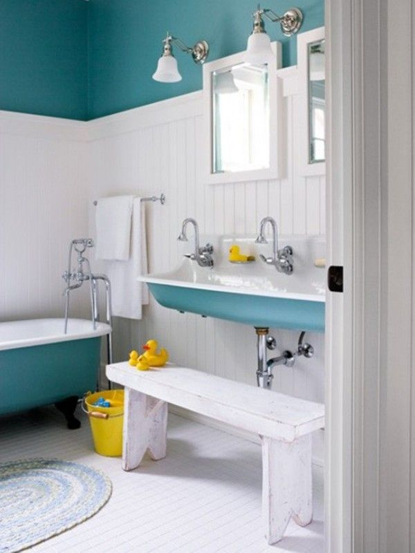 Turquoise and white bathroom love the beadboard and for Teal and white bathroom ideas