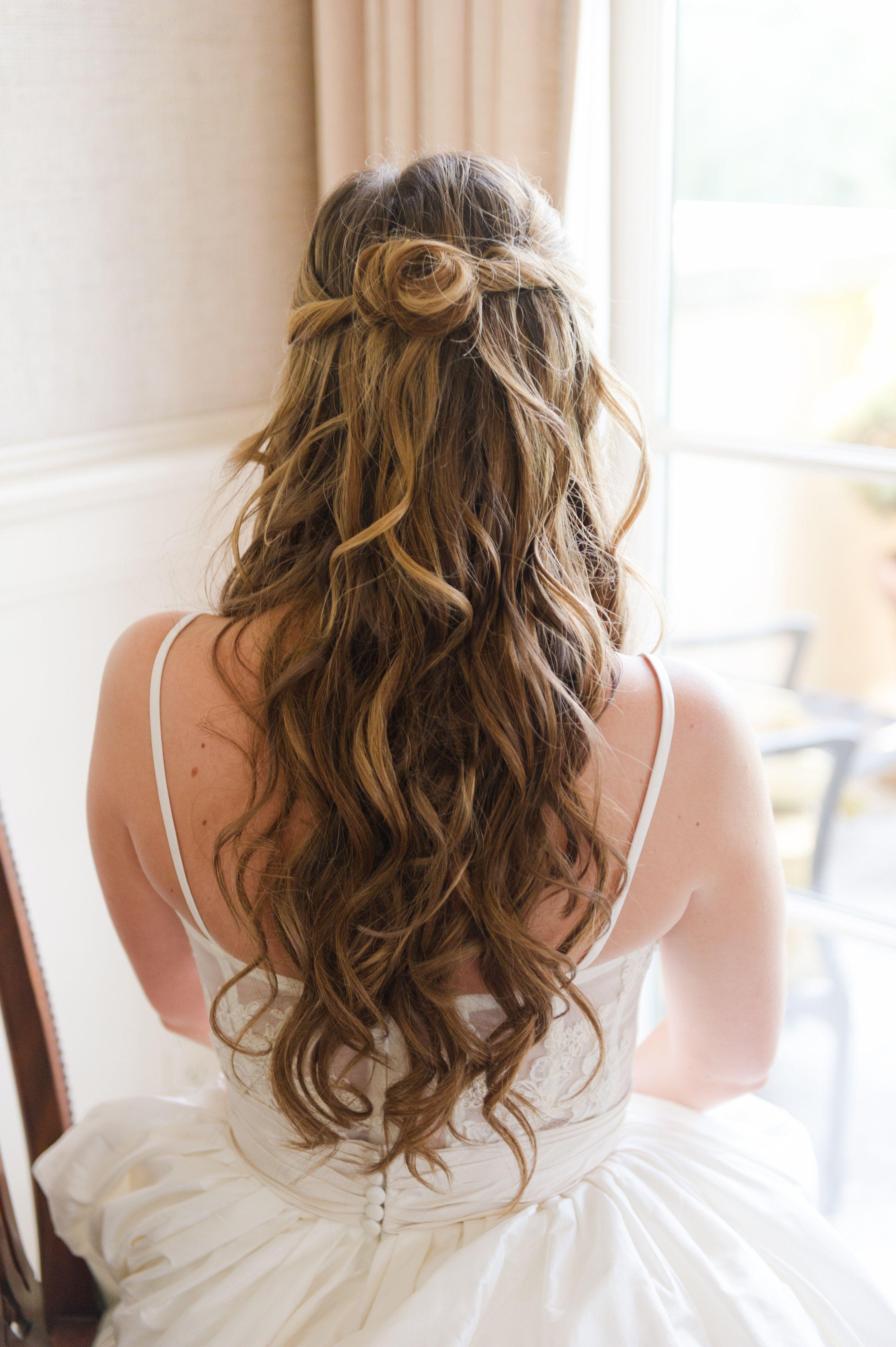 gorgeous half up half down bridal hair! | best wedding hair styles
