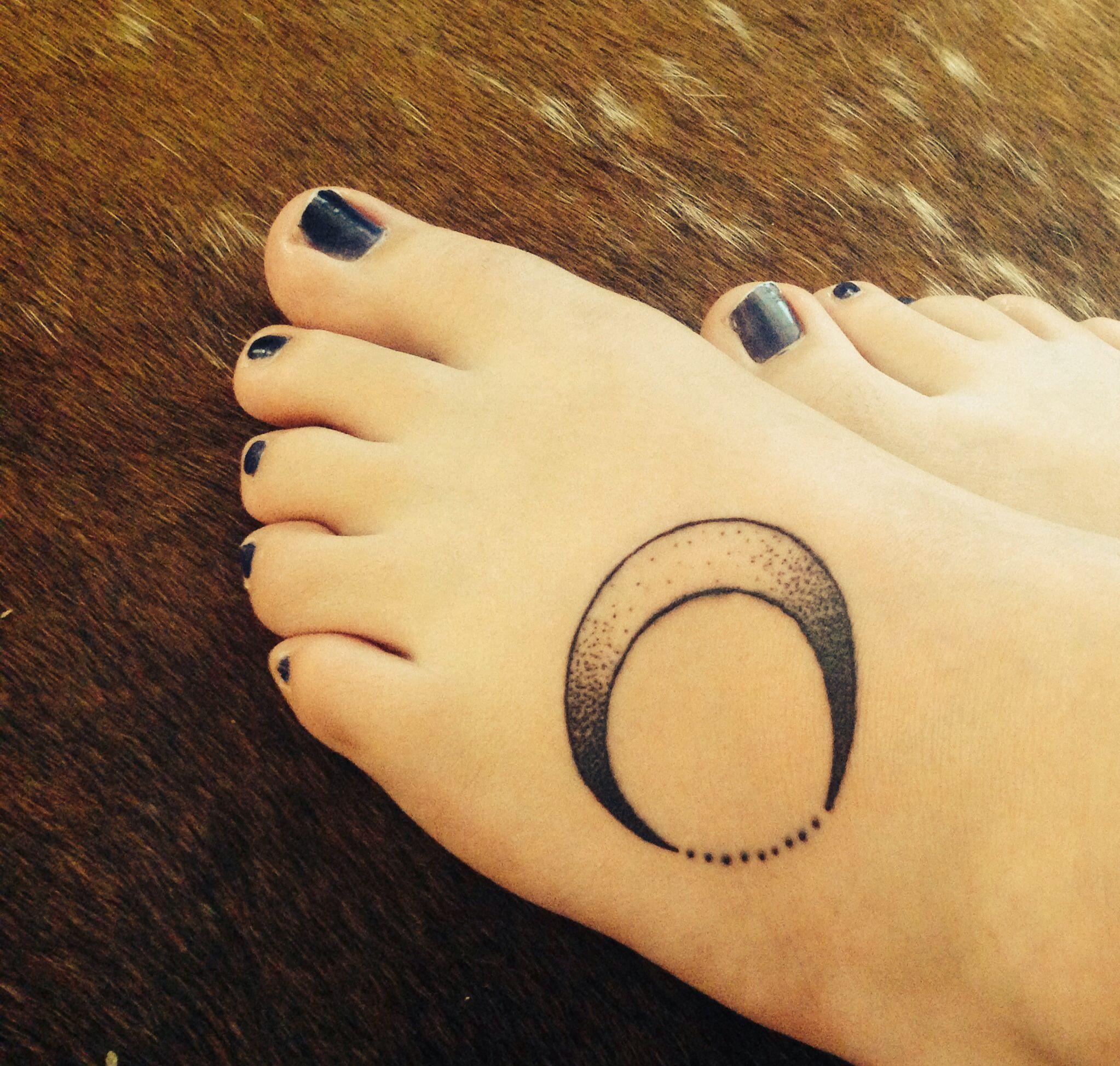 My new moon tattoo.