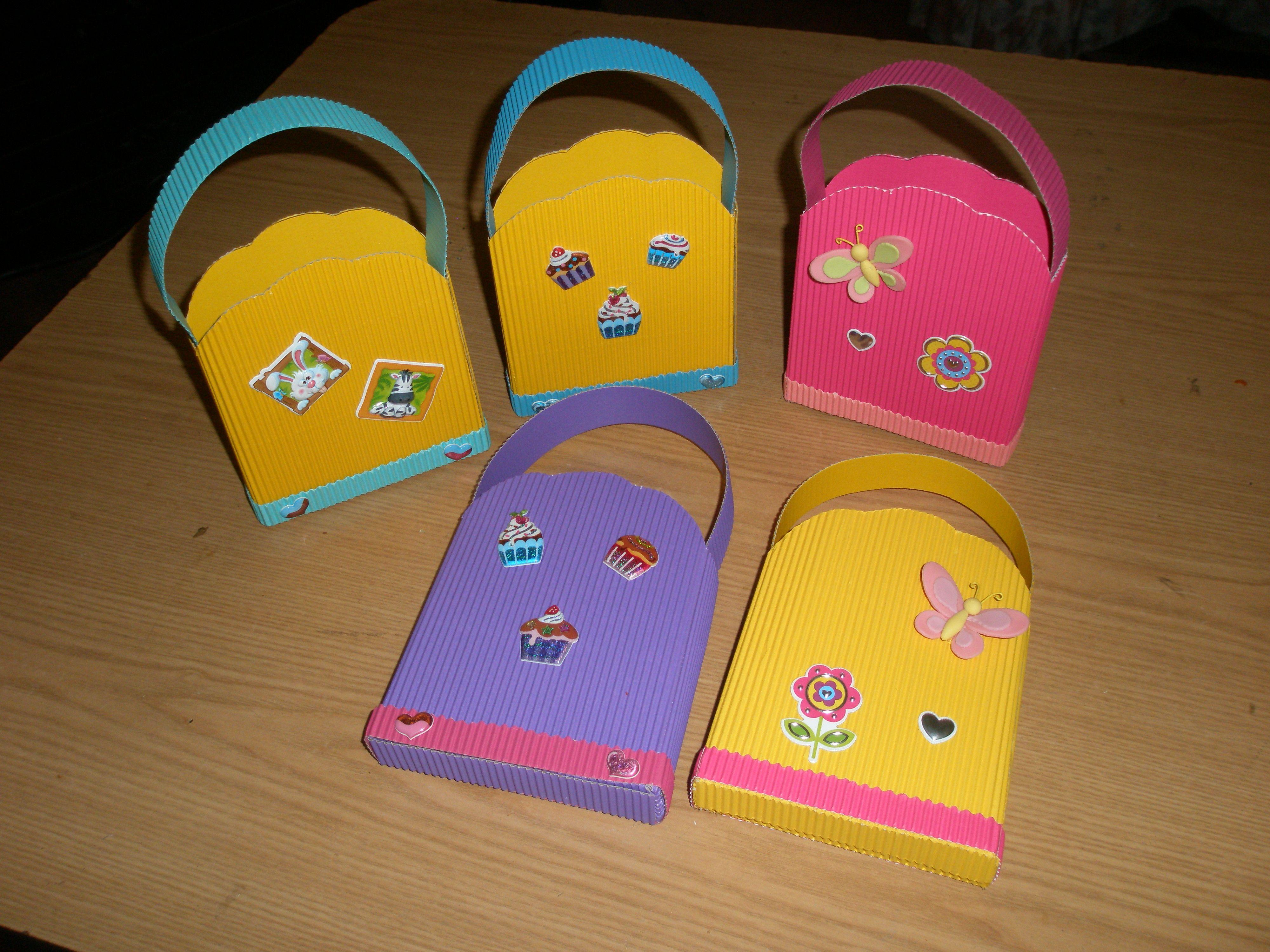 Bolsitas de papel para dulces manualidades pinterest - Manualidades en papel ...