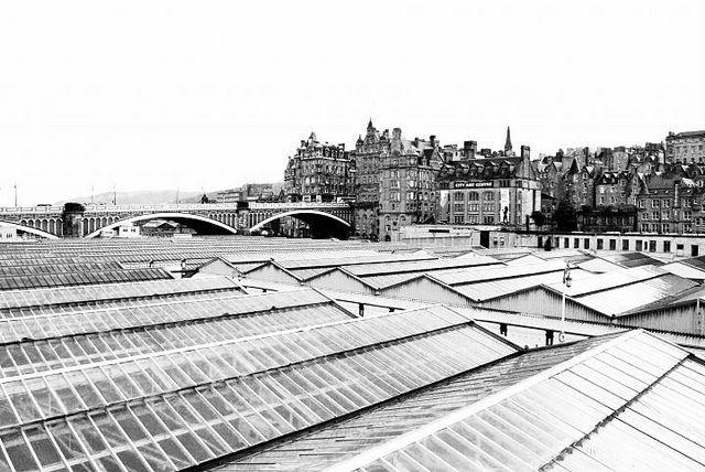 Waverley Train Station Edinburgh Train Station Cityscape