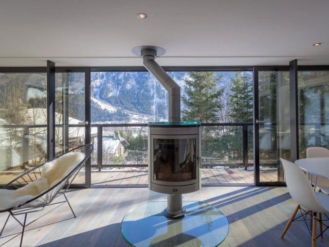 un chalet modernis devient miroir du mont blanc chalet. Black Bedroom Furniture Sets. Home Design Ideas