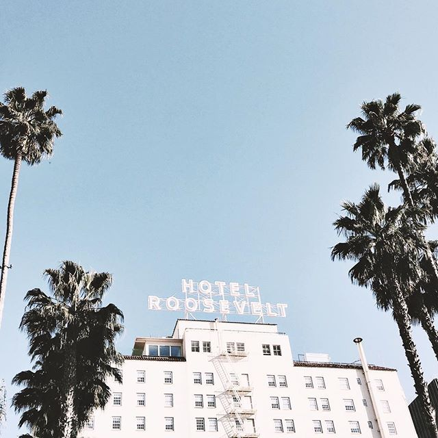 Pinterest : Noa Meirsman (i Heard This Hotel Was Haunted