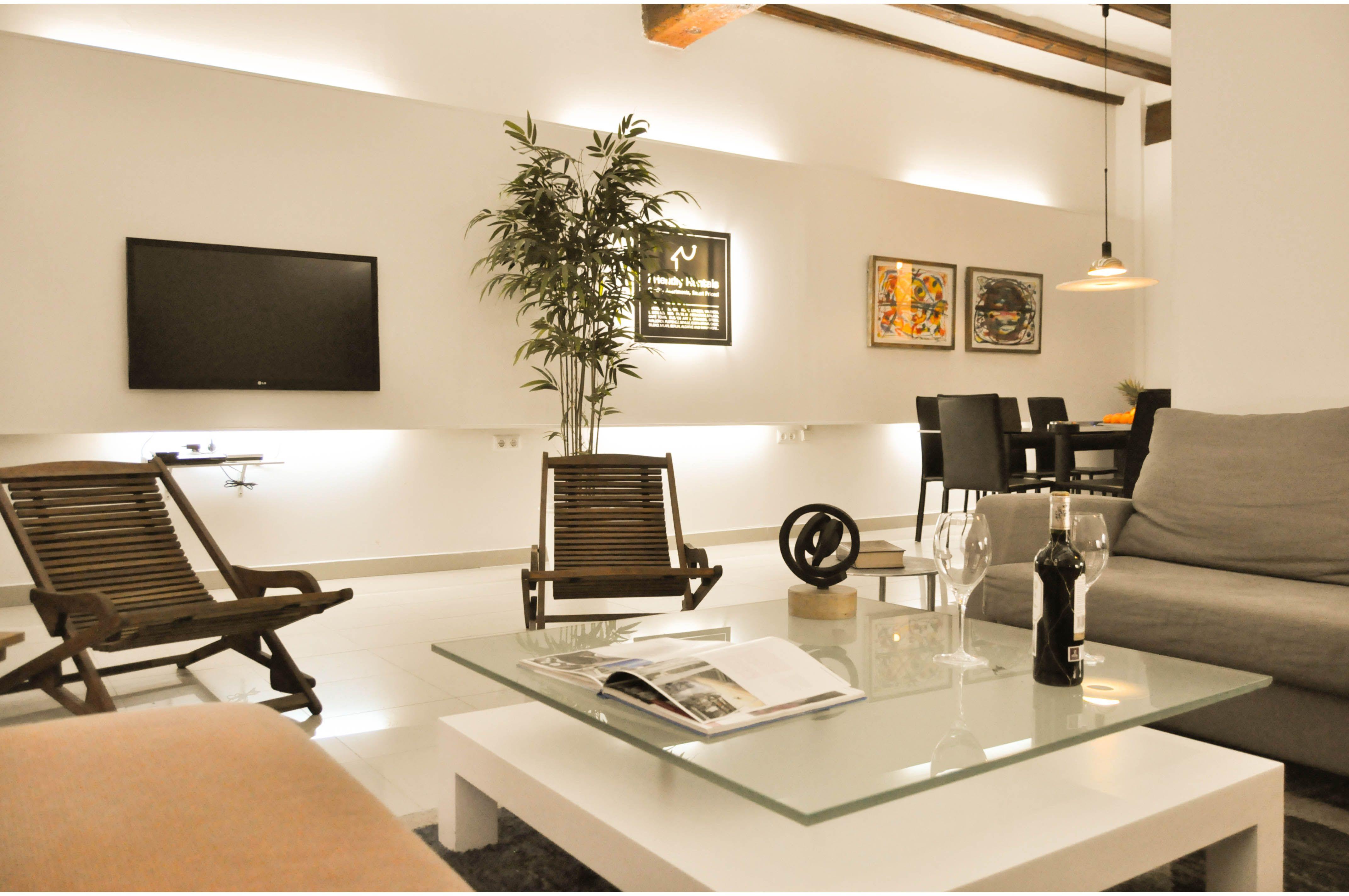 Getme Ayuntamiento 21A. Modern apartment located in ...