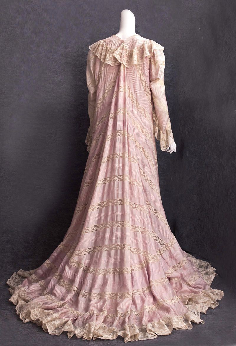 Silk and lace peignoir, c.1905 Made from pale lilac China silk, the ...