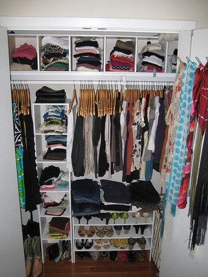 Nice Realistic Closet Idea For A College Apartment