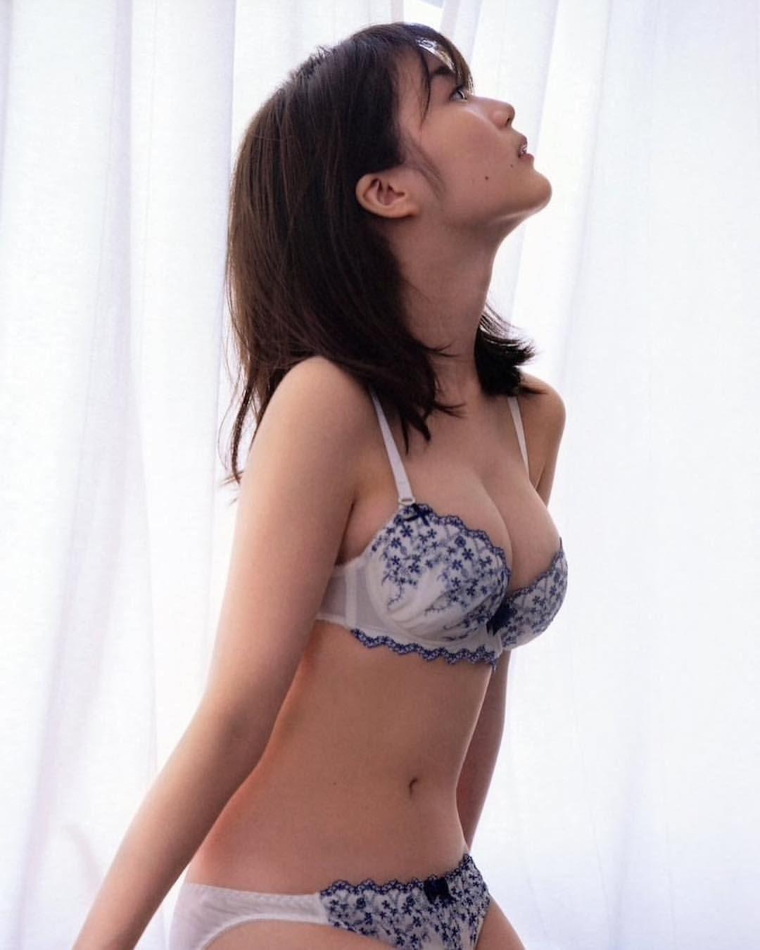 生田絵梨花 写真集 生田絵梨花写真集「インターミッション」 Twitter動画まとめ