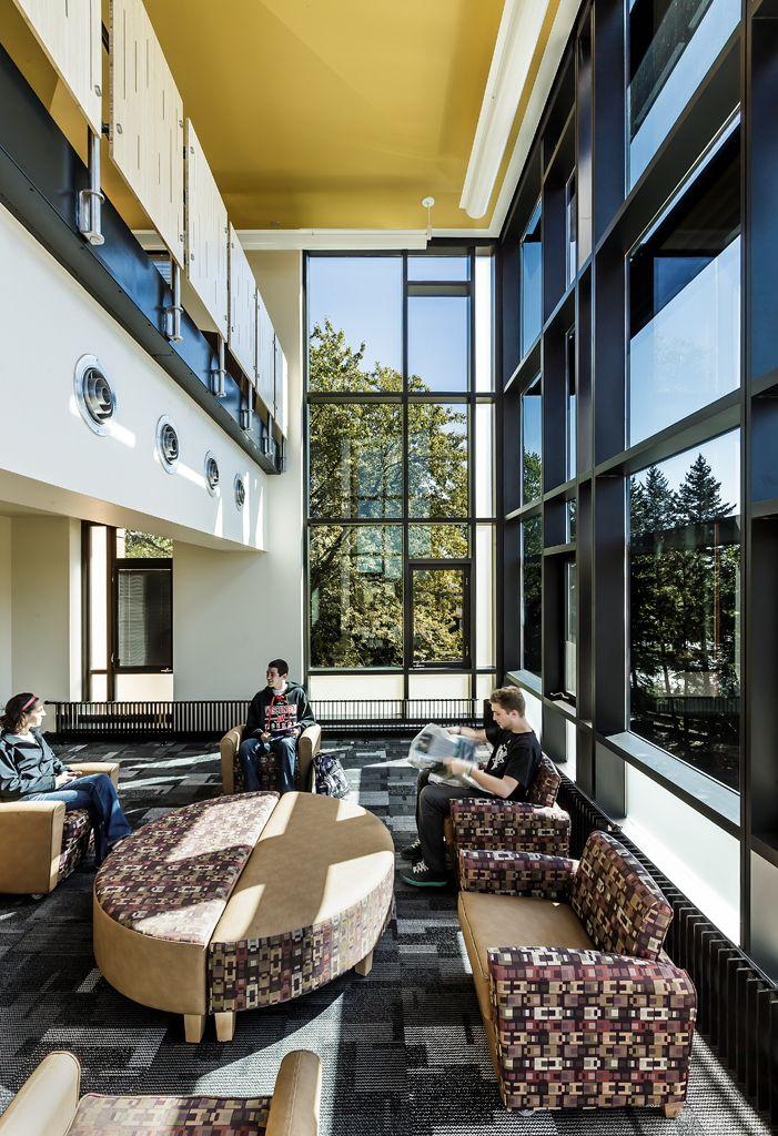 University Of Wisconsin Oshkosh Horizon Village Student Lounge Voa Associates Architects