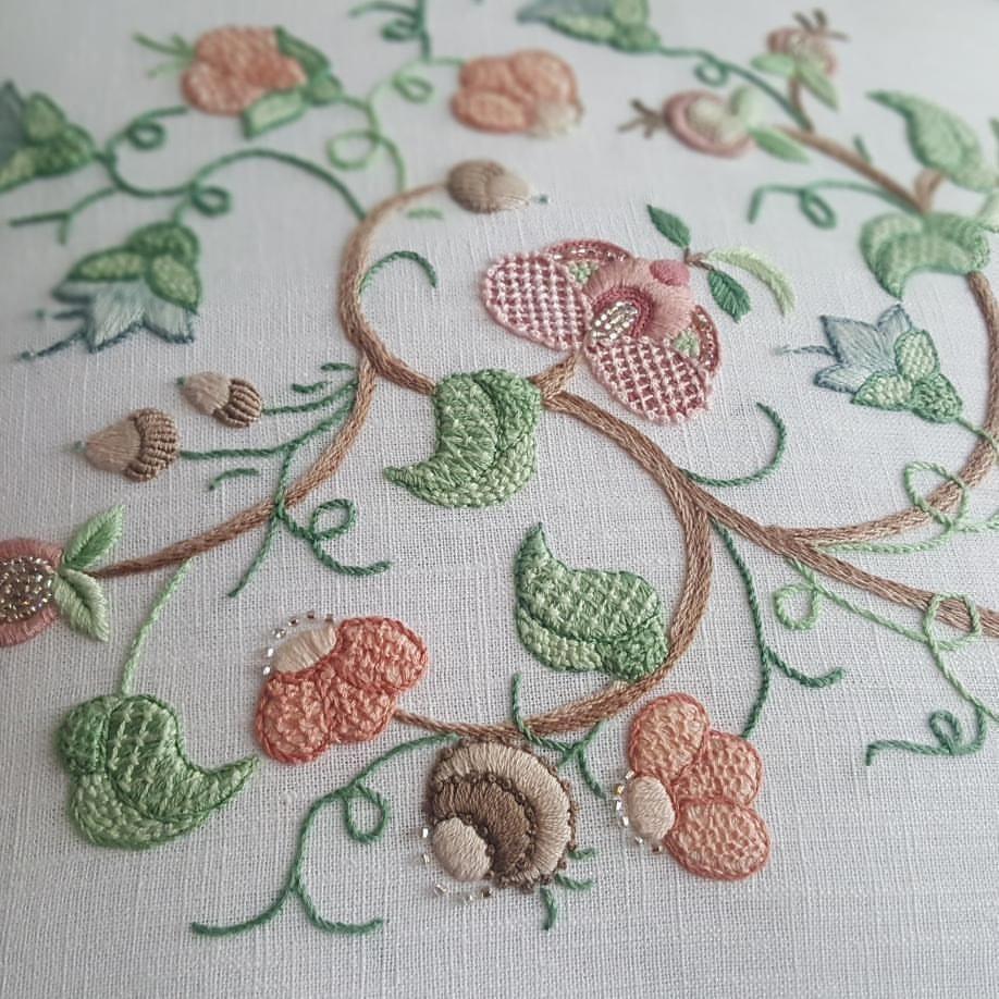 crewel embroidery stitch handmade needlework 자수 프랑스자수
