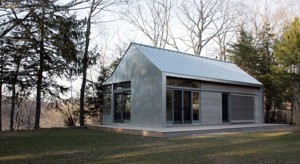 Architectures astonishing white modern barn home design for Modern pole barn homes