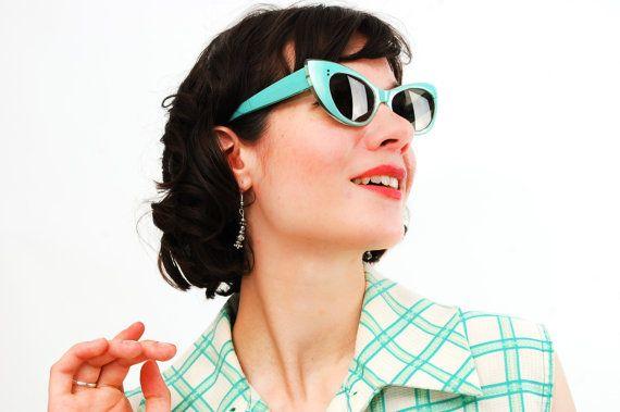 Vintage 1950s Sunglasses - 50s Sunglasses - Seafoam Green Cat Eye