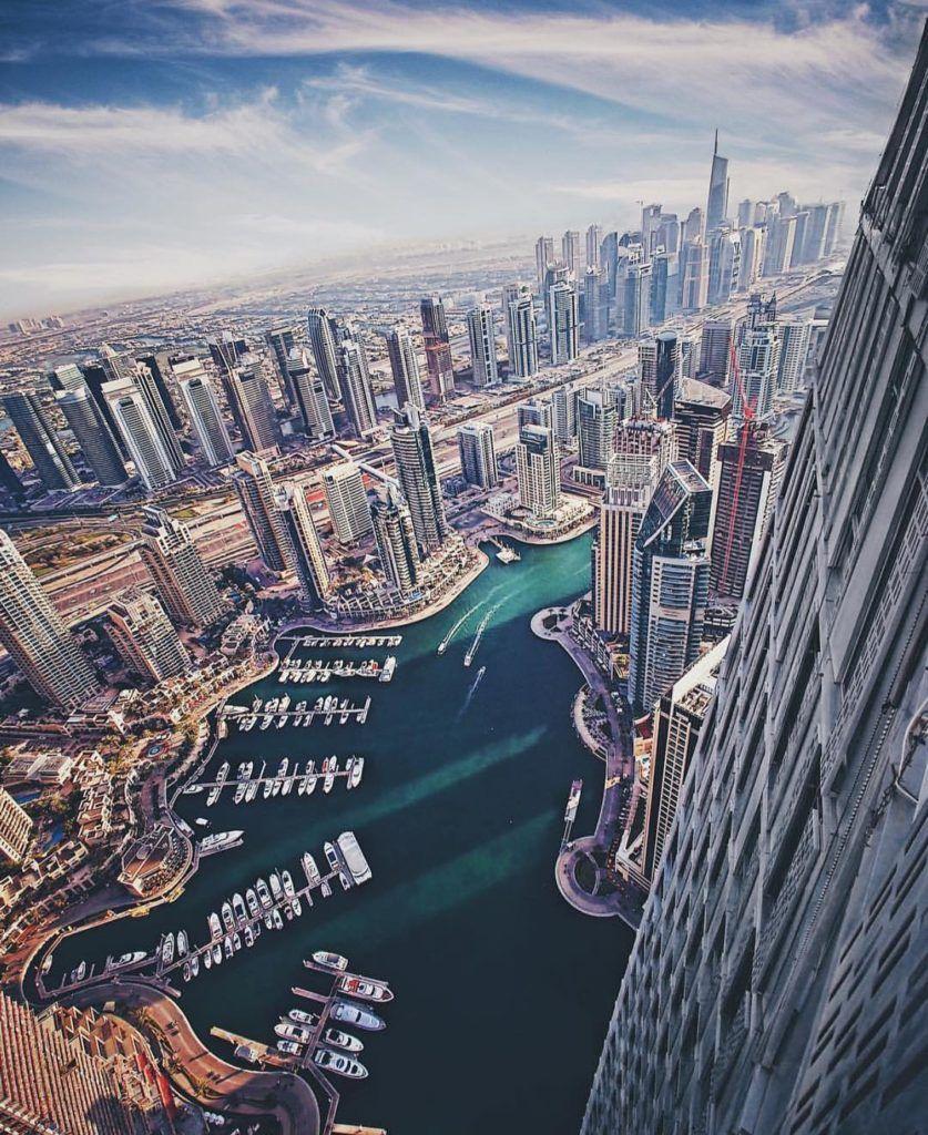 Amazing Views Of Dubai In 21 Photos Dubai Dubai City World Cities