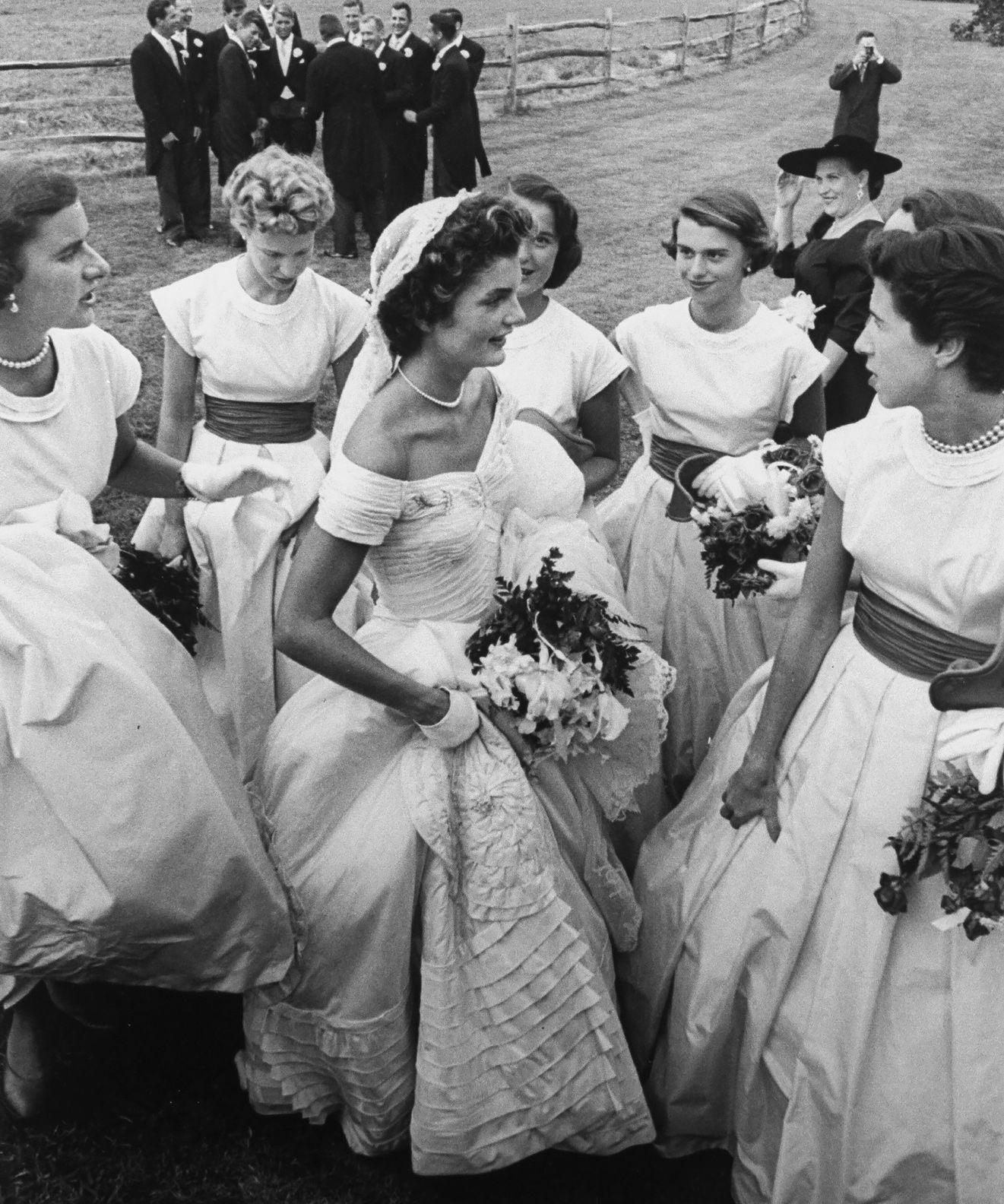 Jackie Kennedy Wedding Dress Vintage Bride Weddings Kennedy Wedding Dress Jackie Kennedy Wedding Jackie Kennedy Style