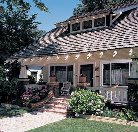 Best The Nostalgic Roof Cottage Style Homes Craftsman House 640 x 480