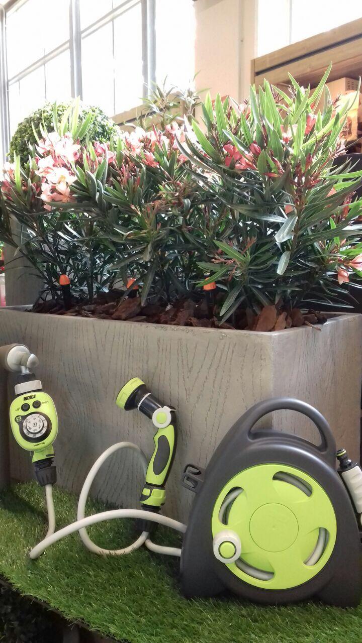 Impianto di irrigazione in giardino
