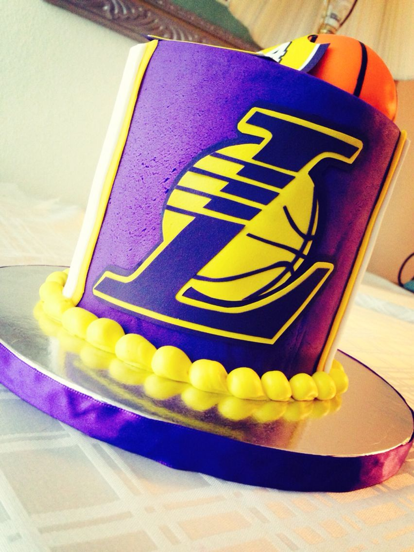 Lakers cake Golf birthday cakes, Birthday cakes for men