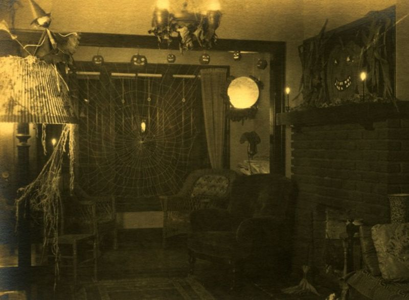 image result for 1910s 1920s decor halloween room decorations in cleveland ohio ca - Halloween Room Decorations