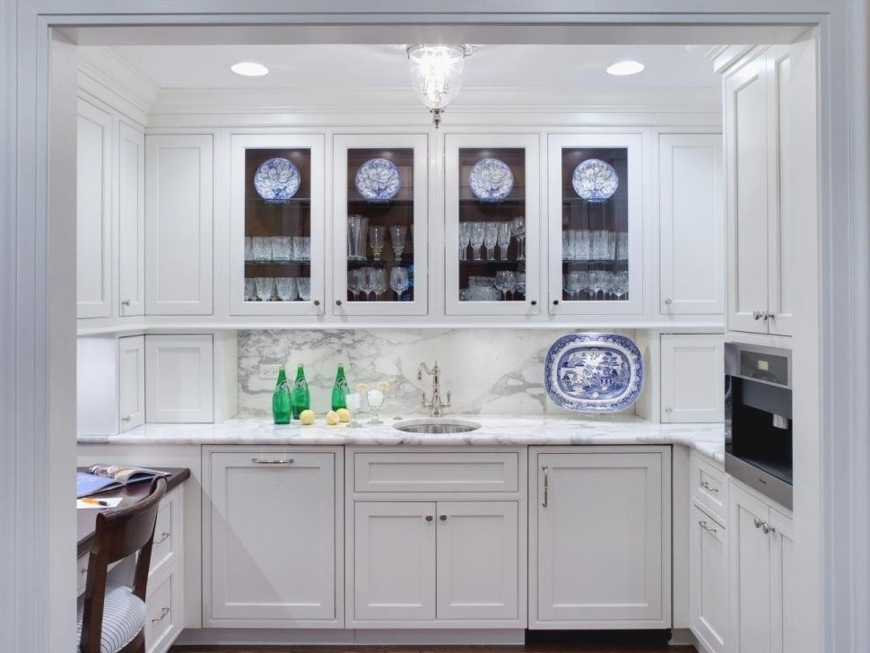 How To Decorate Kitchen Cabinets With Glass Doors Inspirational Elegant Kitch Glass Kitchen Cabinets Glass Fronted Kitchen Cabinets Kitchen Cabinet Inspiration