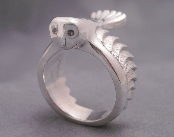 LOVE this OWL Ring ;)