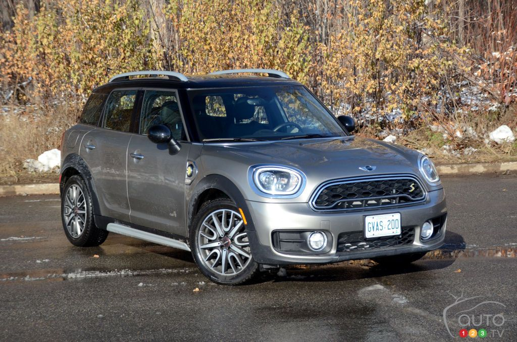 2018 MINI Cooper S E Countryman ALL4 Review and pricing