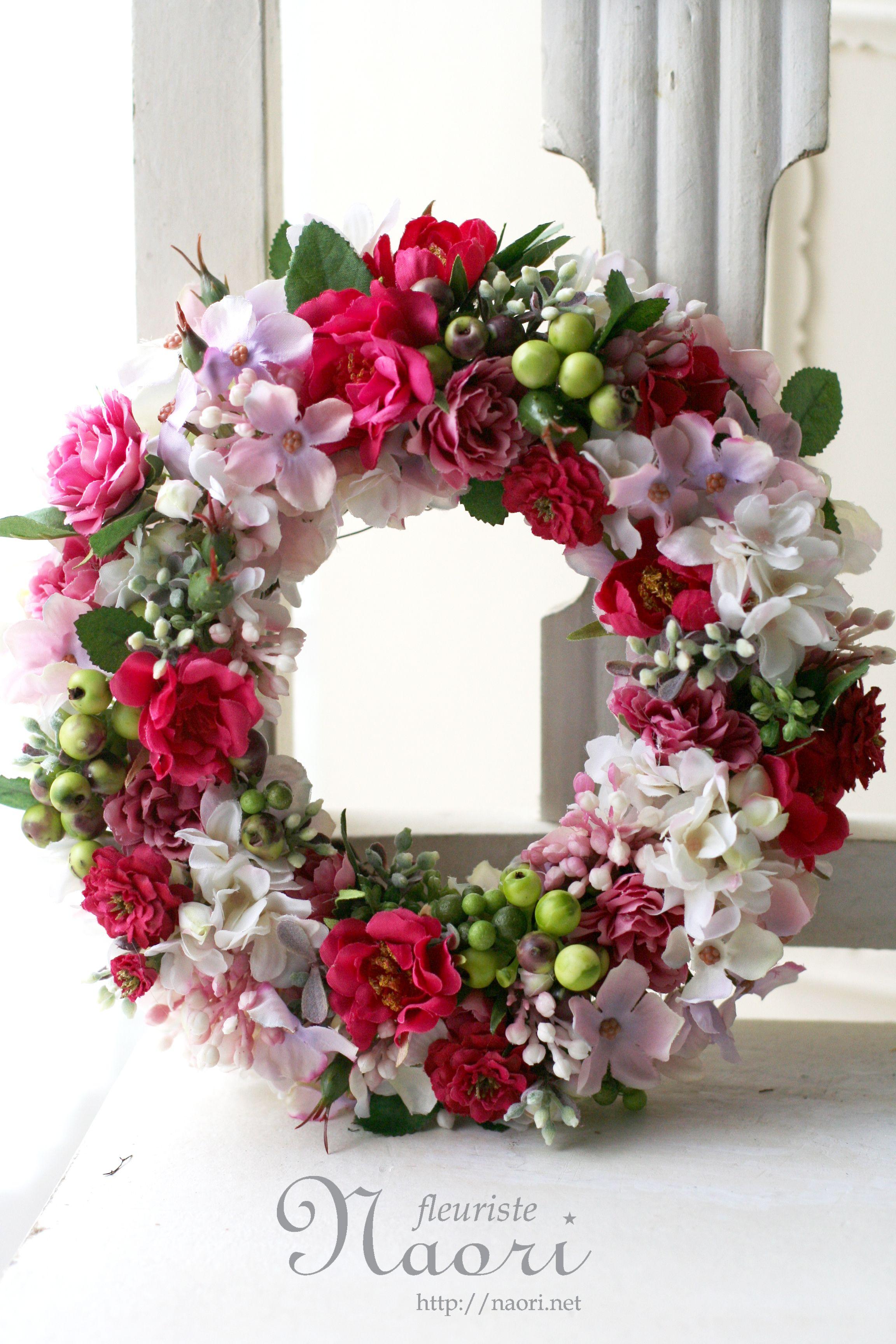 Photo of ス イ ル ド ロ ー ズ と ラ イ ラ ッ ク の リ ー ス Rose Wreath