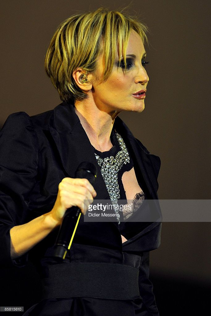 Patricia Kaas Performs On Stage At Kursaal On April 5 2009 In Patricia Kaas Coiffure Mademoiselle Chante Le Blues