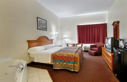 Red Roof Inn Suites Ocala Red Roof Inn Red Roof Pet Friendly Hotels