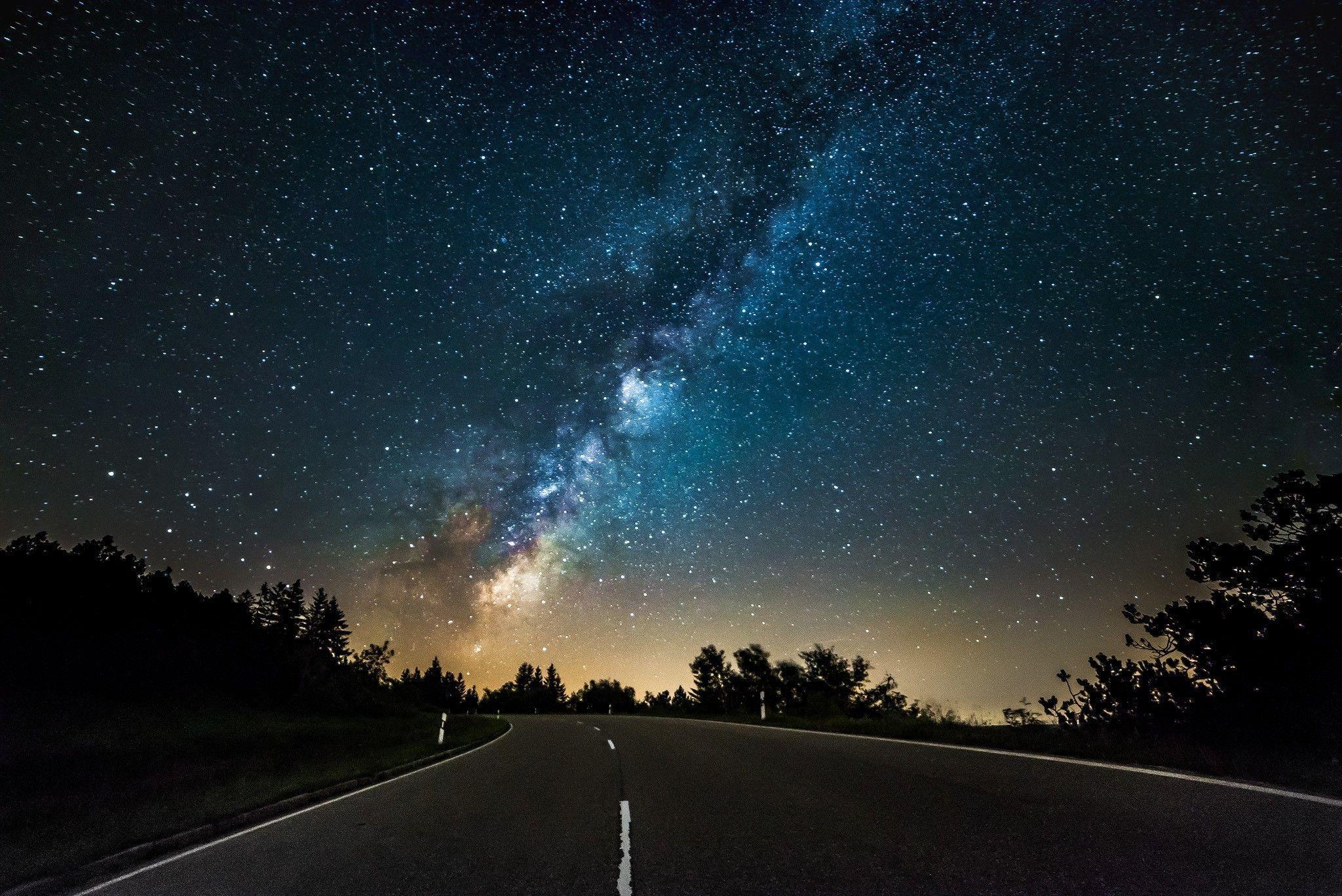 night stars road in 2020 stars at night star wallpaper hd cool wallpapers pinterest