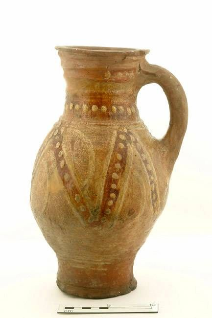 5655: jug; baluster jug Production date: Early Medieval; late 12th-mid 13th century Measurements: H 298 mm; DM (girth) 167 mm