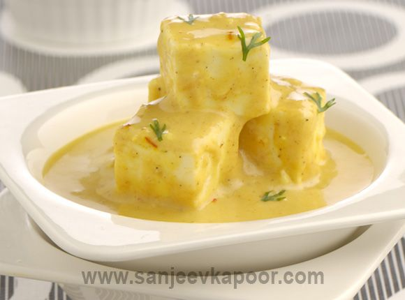 Shahi paneer paneer cooked in a rich yogurt and cream based traditional and delicious indian international food recipes by masterchef sanjeev kapoor forumfinder Gallery