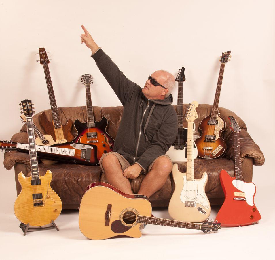 I love guitars