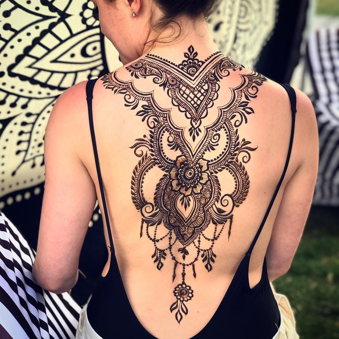 Thank You Everyone Who Came Out This Weekend I M Out Here Again Today Until 6 30 And With Plenty Of Hen Henna Tattoo Back Henna Tattoo Designs Full Body Henna