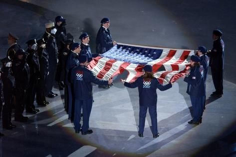 'The Us Olympic Team Holds the American Flag That Flew over the Ground Zero' Photo -   Art.com