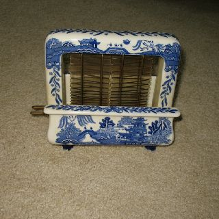 1920's blue willow toaster