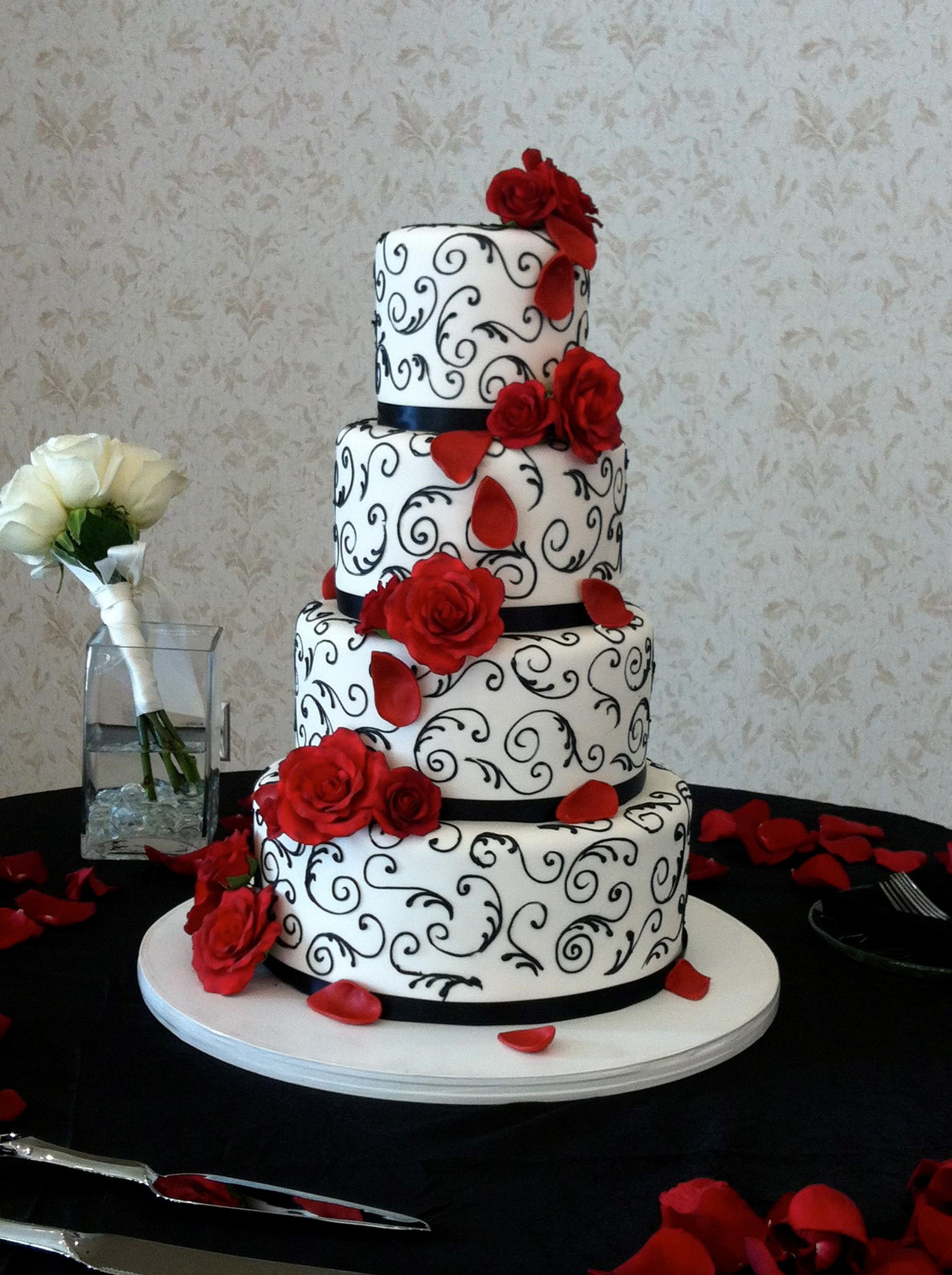 Wedding Cakes With Fountains And Flowers Creative Jpg 1936 2592