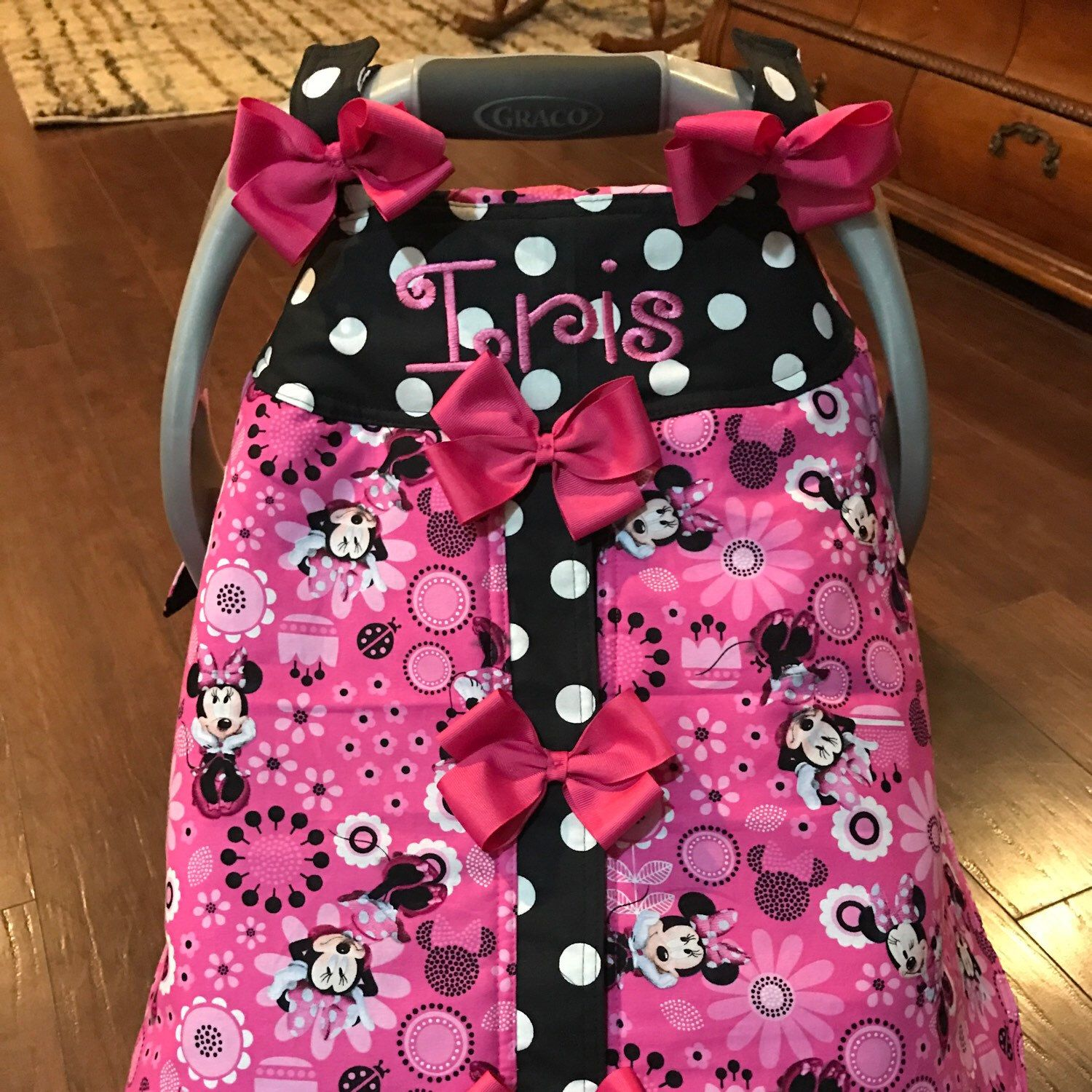 Minnie Mouse With Bows Handmade Baby Infant Car Seat Canopy Cover & Minnie mouse infant car seat canopy | Baby Toddlers quilts ...