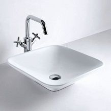 Minimal and stylish the Square countertop basin is a simple design that can add instant luxury to your room.